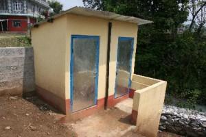 Foto renovatie nieuw toilet