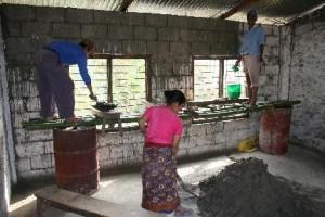 Foto renovatie pleisteren school