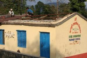 Foto renovatie dak verwijderen hout